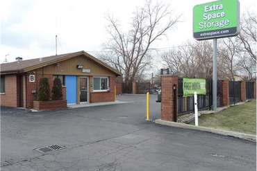 Extra Space Storage - 4747 W Cal Sag Rd Crestwood, IL 60445
