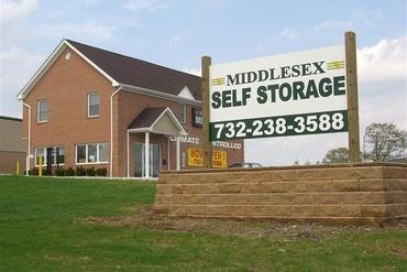 Middlesex Self Storage - 5249 Bordentown Ave Sayreville, NJ 08872