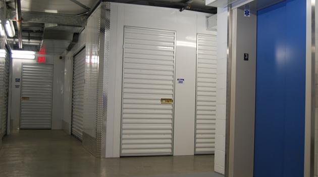 Self Storage Units at 2059 Harbor Blvd, Costa Mesa, CA  U