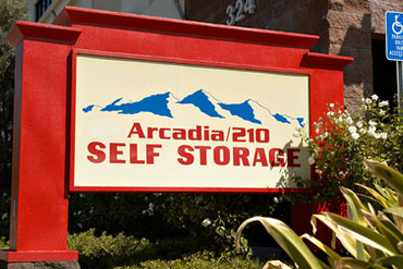 2754385_medium_arcadia_210_self_storage_7_