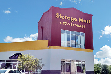 2761102_medium_1470_storagemart_omaha_scott_circle_entrance