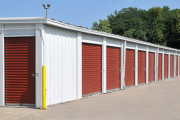 StorageMart - 12300 NW Outer Rd Blue Springs, MO 64015