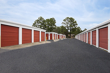 2761232_medium_0715_storagemart_milledgeville_n_columbia_rows_of_units