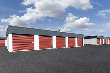 2761257_medium_3309_storagemart_edmonton_18th_st_unit_buildings