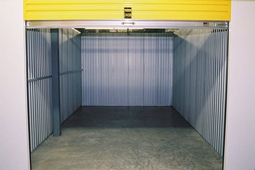 2848983_medium_9-air_conditioned_heated_self_storage_units_serving_the_fine_people_of_chicago_il