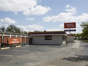 Public Storage - 18450 NE 5th Ave Miami, FL 33179
