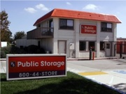 Public Storage - 400 W Larch Road Tracy, CA 95304