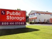 Public Storage - 1300 East Chicago Street Elgin, IL 60120