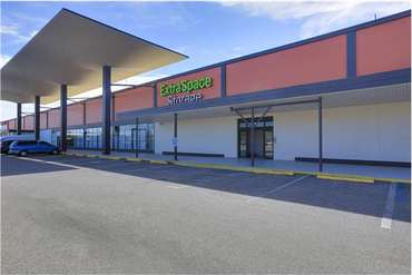 Extra Space Storage - 2320 W Hillsborough Ave Tampa, FL 33603