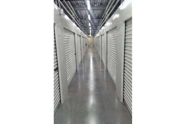 Extra Space Storage - St Petersburg, FL 33713