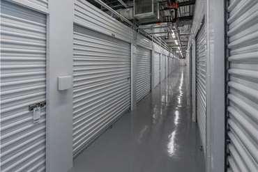 Extra Space Storage - 102 N 20th St Tampa, FL 33605