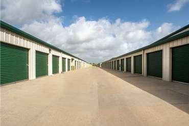 Extra Space Storage Near 2301 Rodd Field Rd Corpus