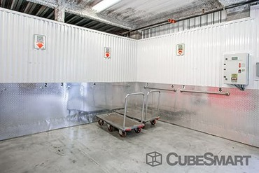 CubeSmart Self Storage - 179-36 Jamaica Ave Jamaica, NY 11432