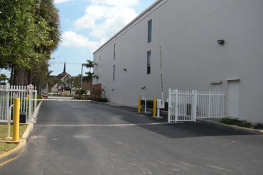 Federal Highway Self Storage - 415 S. Federal Highway Deerfield Beach, FL 33441
