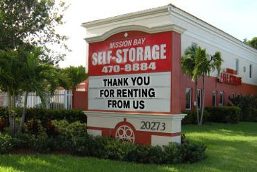 39995_medium_mission_bay_self_storage