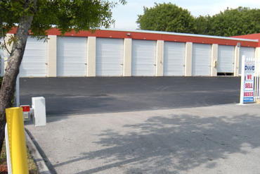 39997_medium_mission_bay_self_storage-truck