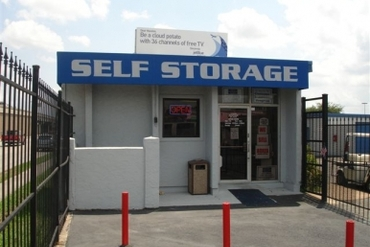 Your storage place in houston tx near northwest freeway for Storage 77080