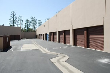 Placentia Self Storage   585 Porter Way Placentia, CA 92870