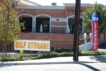 Citrus Plaza Self Storage - 202 W. College St. Fallbrook, CA 92028
