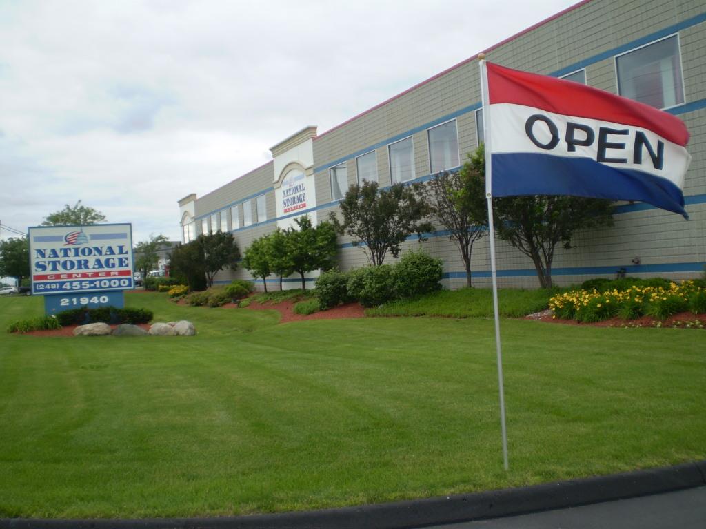 National Storage Centers - Southfield - Southfield MI 48075 & National Storage Centers Southfield in Southfield MI near West 8 ...