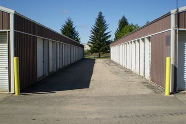 National Storage Centers - Highland - 1574 Alloy Parkway Rd. Highland, MI 48356