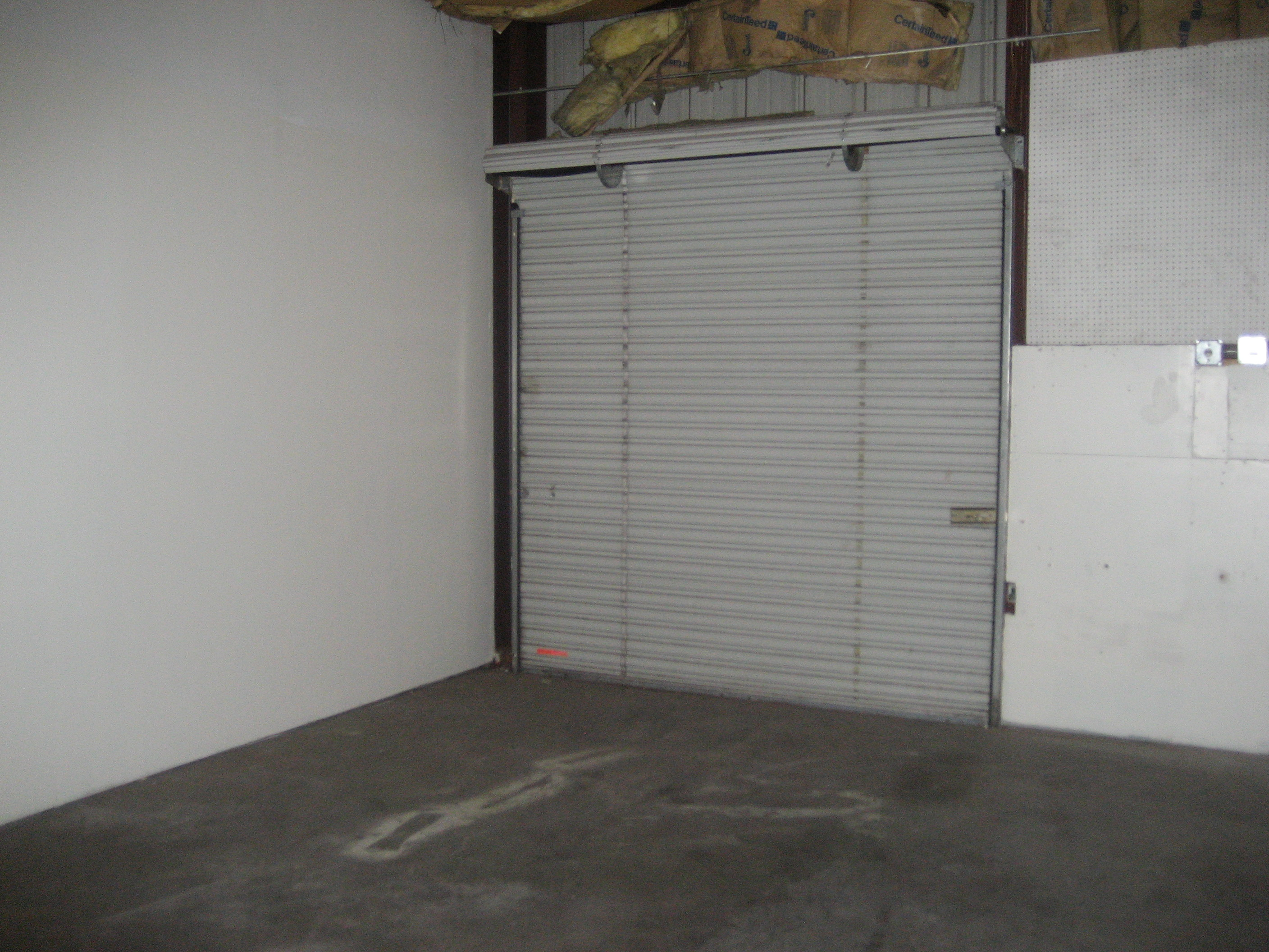 Right Space Storage Sahara Commercial Storage Units E