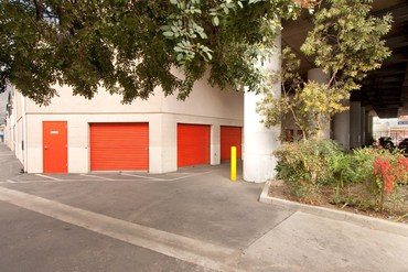 Fort Storage - 1651 South Central Ave Los Angeles, CA 90021
