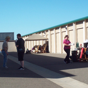 Garage Sale 101 – From a Self-Storage Facility