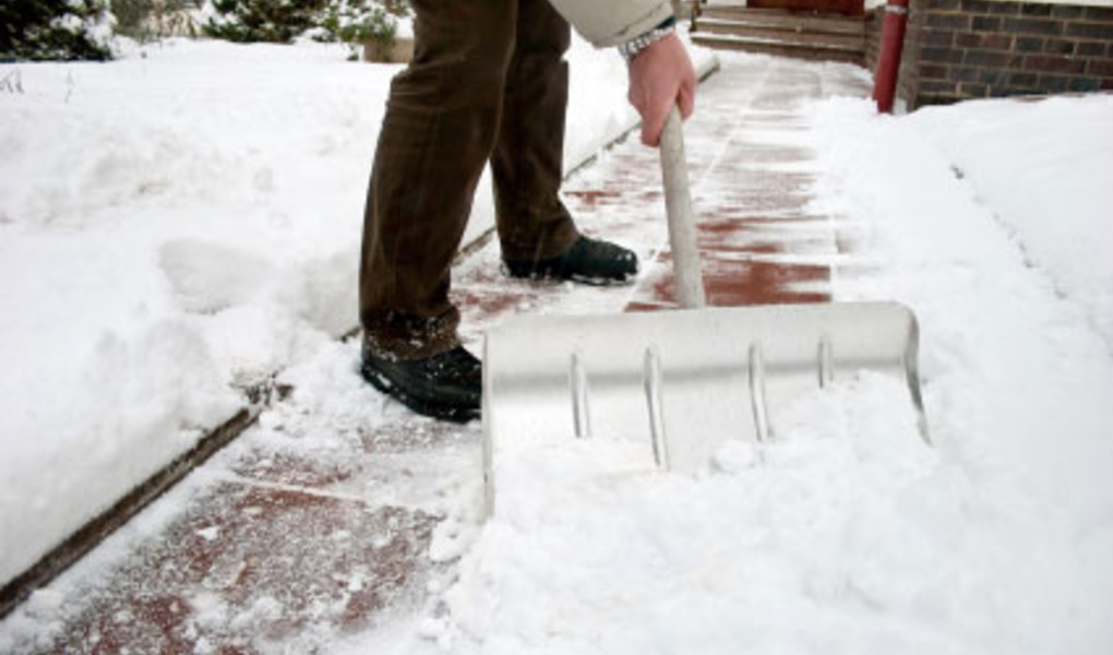 How to Safely Move During the Winter